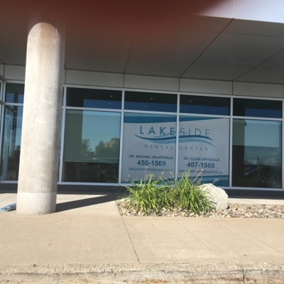 Lakeside Dental Center - Traitement de blanchiment des dents