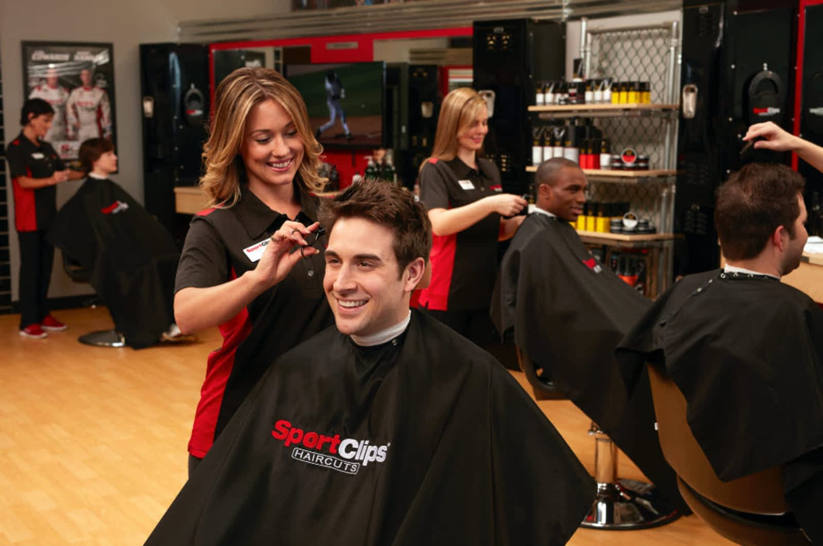 sport clips haircuts - opening hours - 106-22645 dewdney