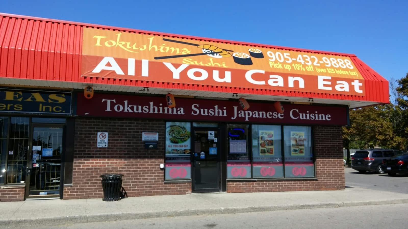 Tokushima sushi japanese resta opening hours 16 250 for Asian cuisine oshawa