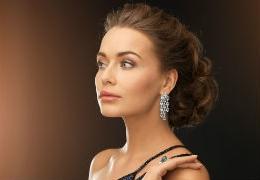 Edmonton shops with jewellery worthy of a queen