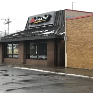 Astonishing Pizza Hut Menu Hours Prices 14140 Boul Pierrefonds Interior Design Ideas Grebswwsoteloinfo