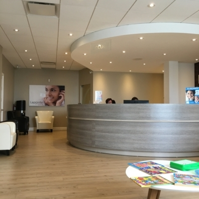 Centres Dentaires Lapointe - Traitement de blanchiment des dents - 1-800-527-6468