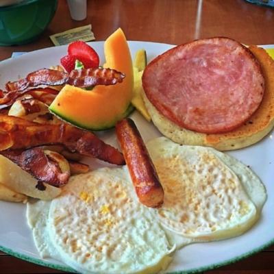 Chez Cora - Restaurants de déjeuners - 514-630-8104