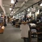 Lululemon Athletica - Magasins de vêtements de sport - 514-394-0770