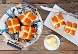 Got hot cross buns, hon? These Edmonton bakeries do