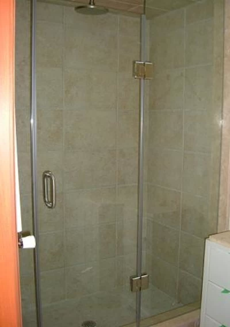 Shower Deluxe Etobicoke On 374 Bering Ave Canpages