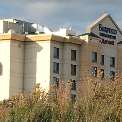 Marriott Fairfield Inn & Suites Montreal Aeroport - Hotels