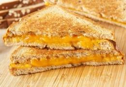 Profitez du Mois du grilled cheese