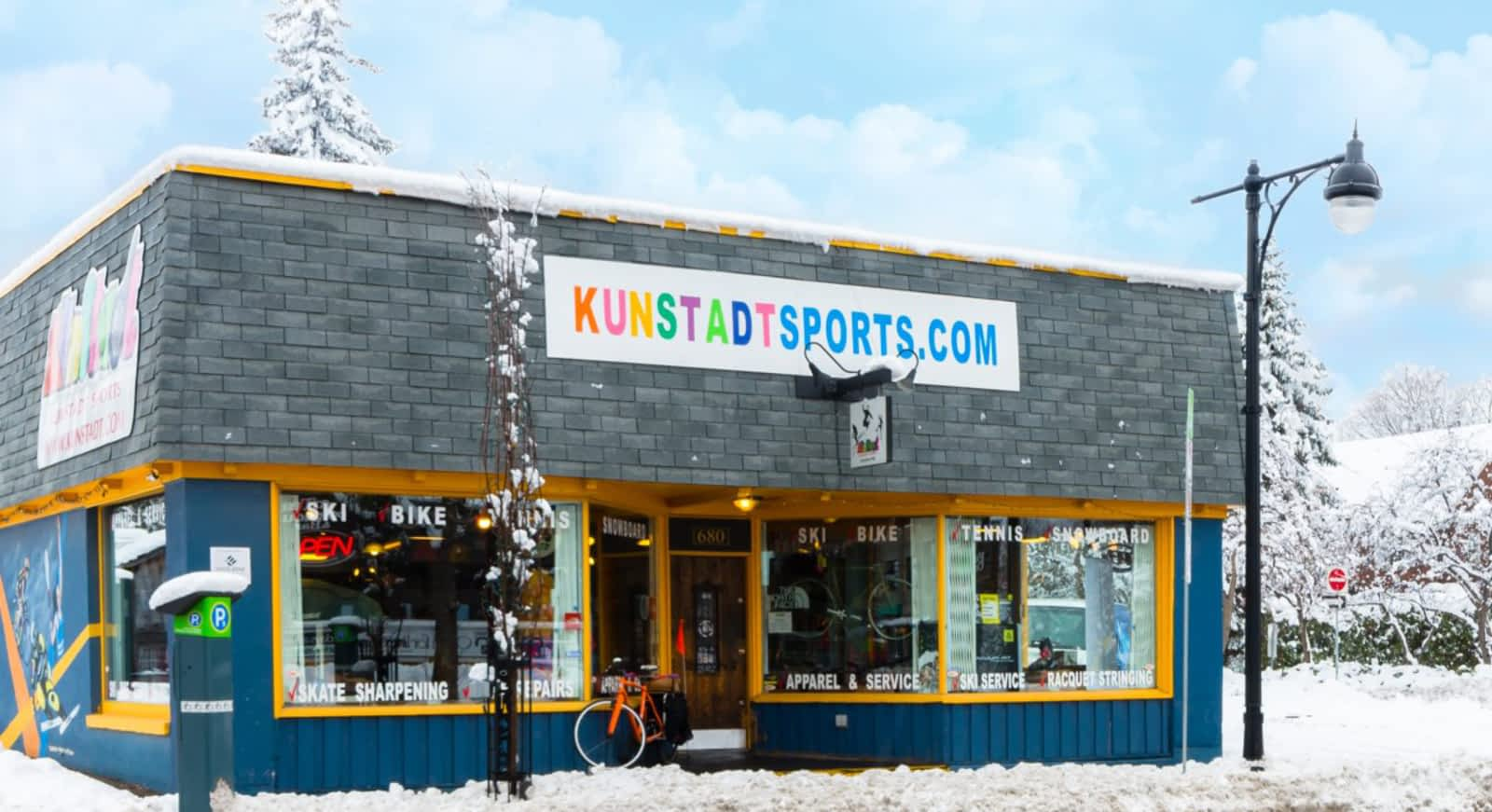 22478f956 Kunstadt Sports - Opening Hours - 680 Bank St