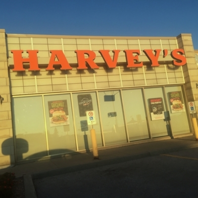 Harvey's - Swiss Chalet - Restauration rapide - 416-283-2460