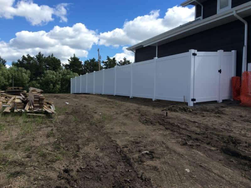 Linear Fence Edmonton Ab 385 Galbraith Close Nw