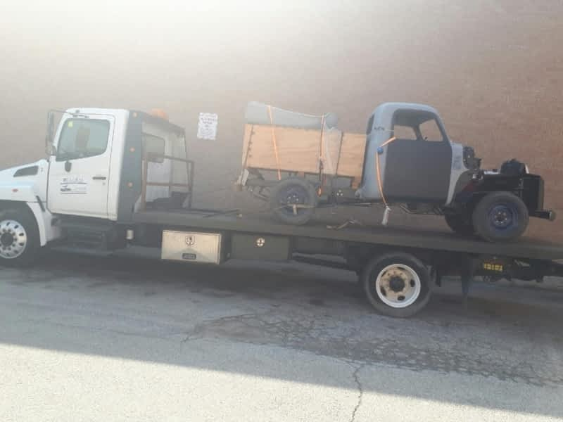 photo Big Mikes Towing