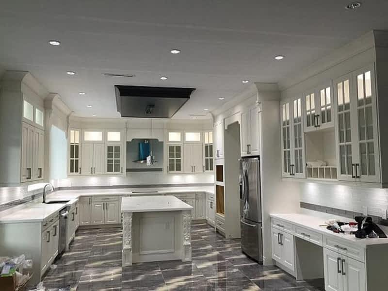 Kitchen Cabinets Resurfacing Montreal