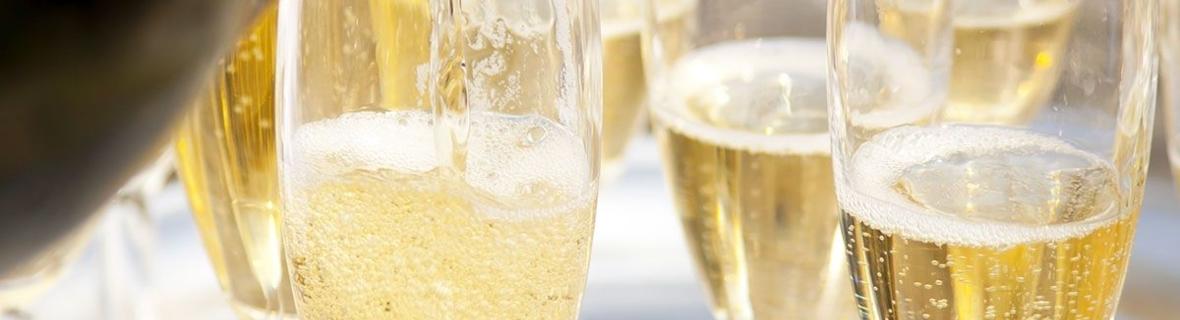 Meilleurs bars à Montréal pour un verre de champagne