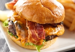 Best Restaurants for Burgers in Toronto