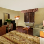 Canadas Best Value Inn - Hôtels - 905-773-3333
