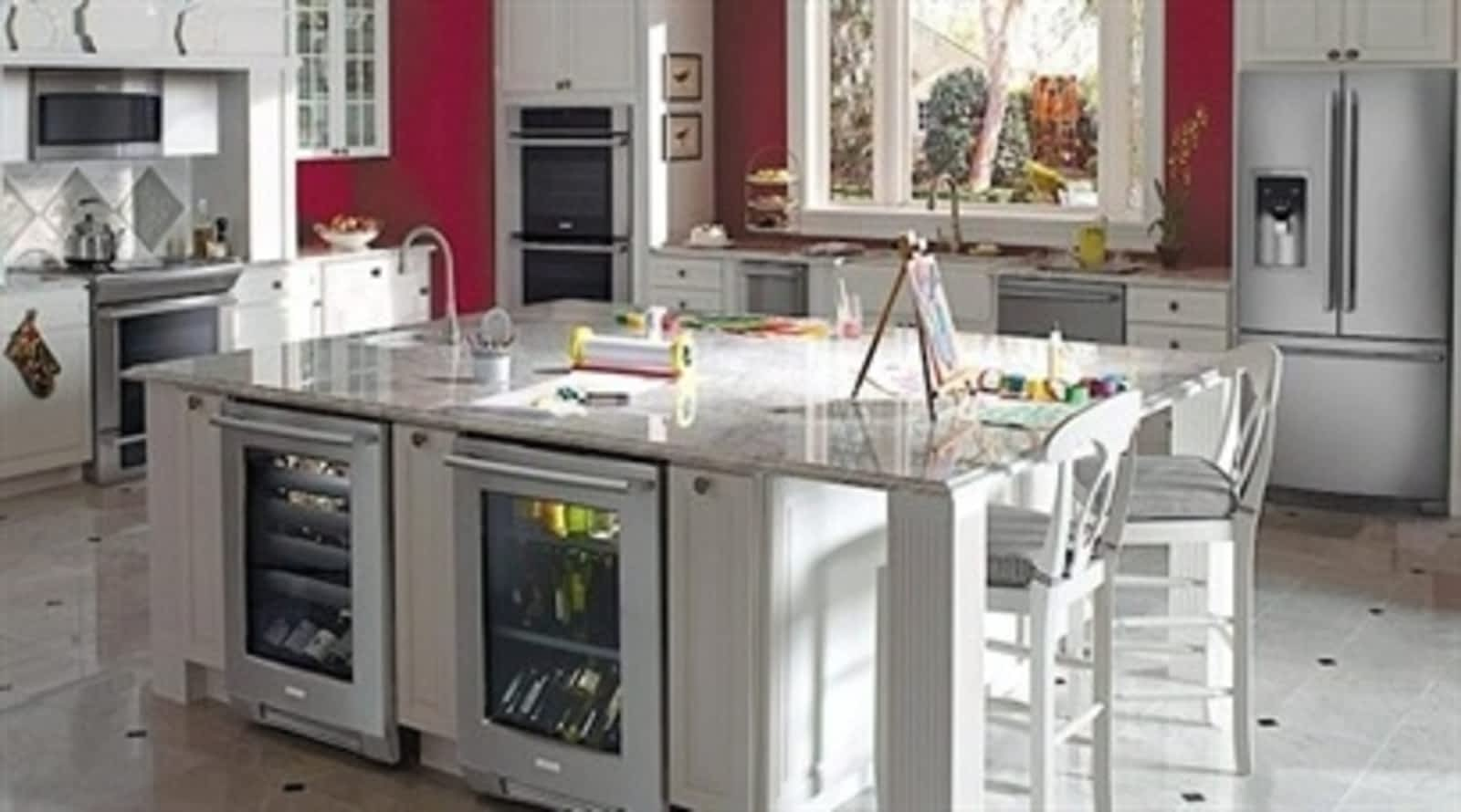 Appliance Scratch & Dent Outlet - Opening Hours - 4-407 Gage Ave ...