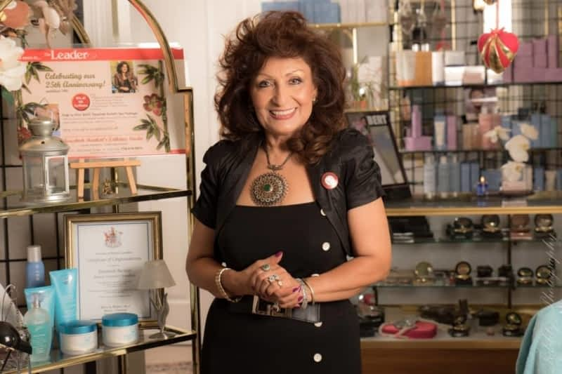 photo Fereshteh Bartlett Beauty Treatment