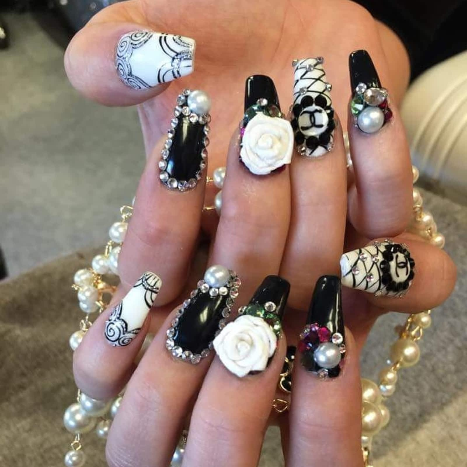 Cre8tive Design Nails Spa Opening Hours 211 Victoria Ave E