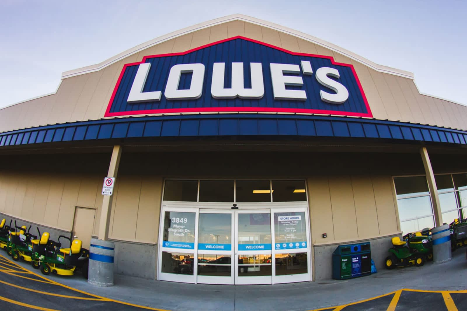 Lowes Home Improvement Opening Hours 2909 Sunridge Way 4 Switch At Northeast Calgary Ab