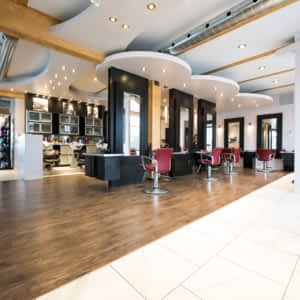 Agreable Salon Coiffure Et Esthetique Yves Et Chris   Photo ...