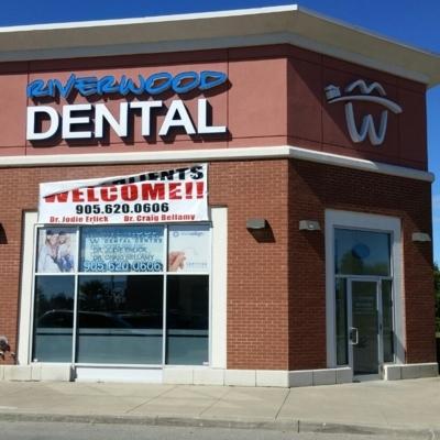 Riverwood Dental Centre - Teeth Whitening Services - 905-620-0606