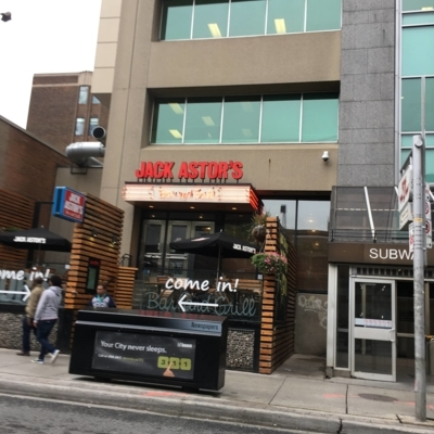 Jack Astor's - Restaurants américains - 416-923-1555