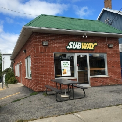 Subway - Restaurants - 450-498-0564