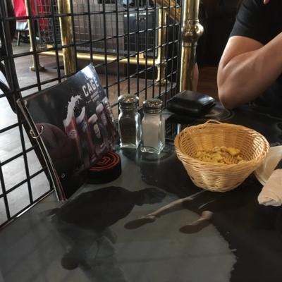 La Cage - Brasserie sportive - Restaurants américains