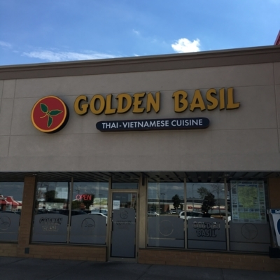 Golden Bssil - Restaurants - 519-829-2882