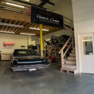 Uptown Custom Auto Upholstery - Opening Hours - 7-531