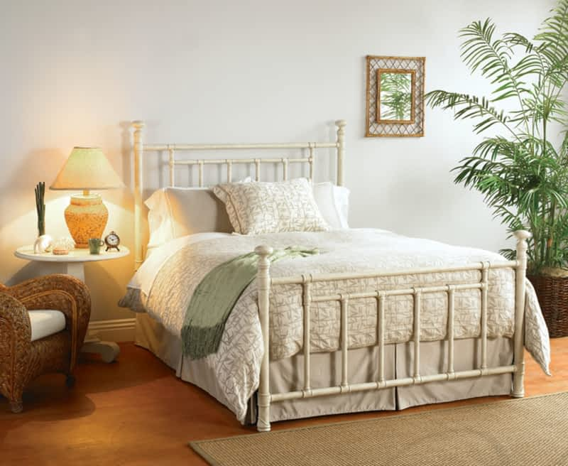 photo McLeary's Canadian Made Quality Furniture & Mattresses