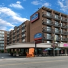 Howard Johnson by Wyndham by the Falls - Hotels