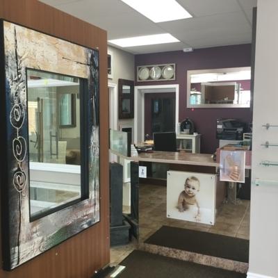 Voir le profil de Vitrerie Glass & Mirror Plus Plus Plus Inc - Almonte