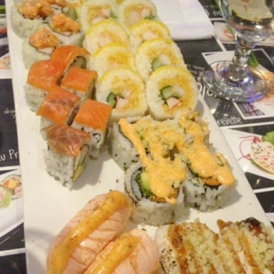 Mitsuki Sushi Bar - Restaurants - 450-445-8988