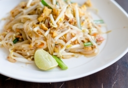 Spots to find premium pad Thai in Toronto