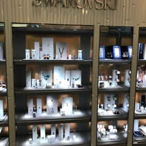 b02608aa9e91 Swarovski - 3035 boul le Carrefour