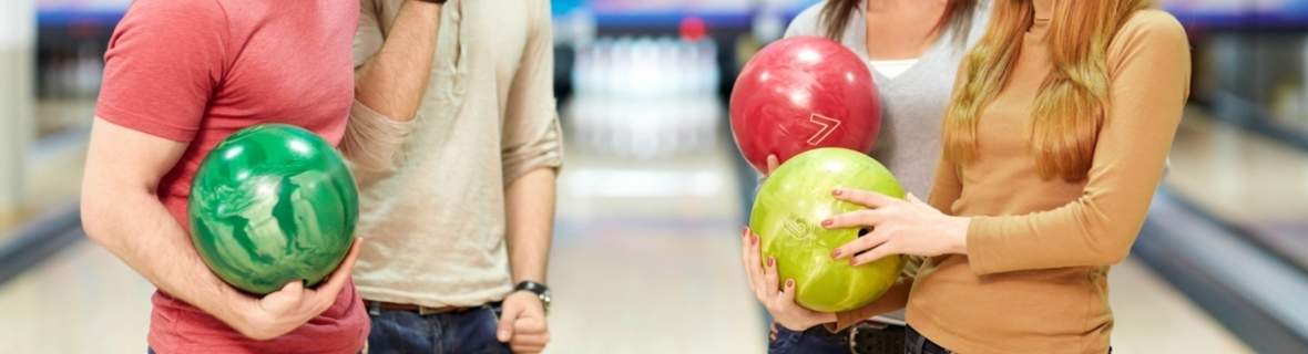 Vancouver bowling alleys for family fun