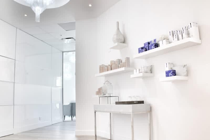 Revita Skin Clinic Mississauga On 2 121 Lakeshore Rd