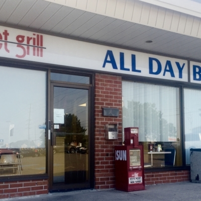 Sunset Grill - Burger Restaurants - 905-428-2265