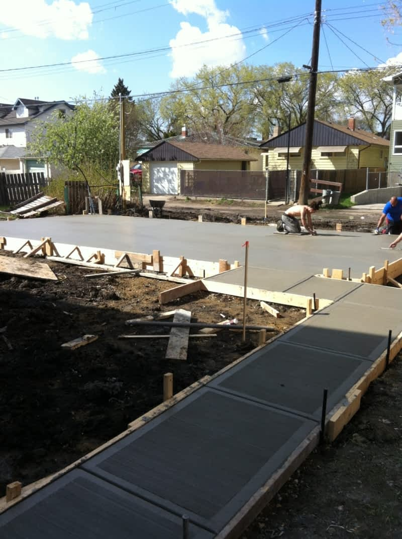 Mci contracting edmonton ab 15608 125 st nw canpages for Garage packages edmonton