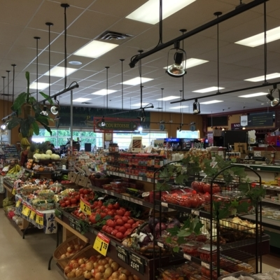 Les Marchés Tradition - Grocery Stores - 819-265-2023
