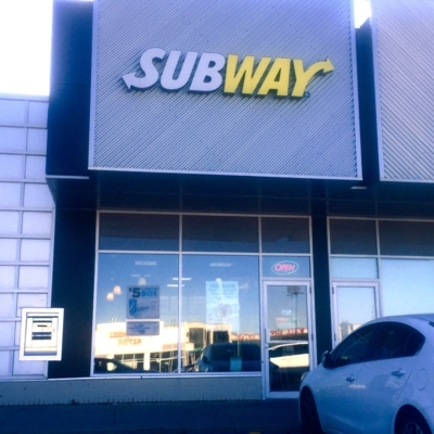 Subway - Sandwiches & Subs - 905-666-7827