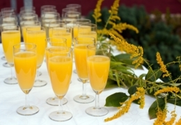 Vancouver brunch spots for morning mimosas