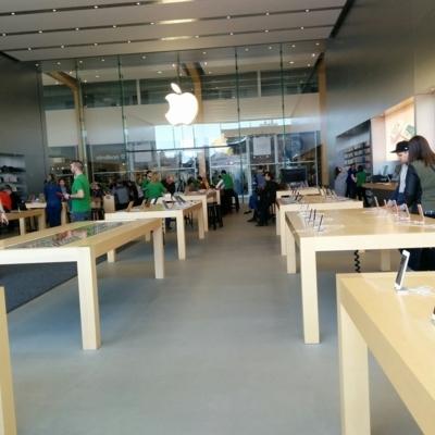 Apple DIX30 - Electronics Stores