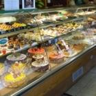 La Favorite Pastry Shop - Cakes