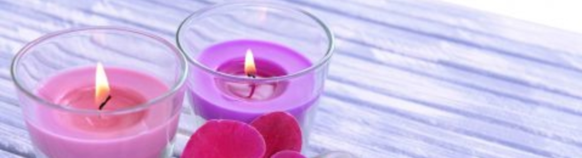 Find fragrant candles at these Toronto gift shops