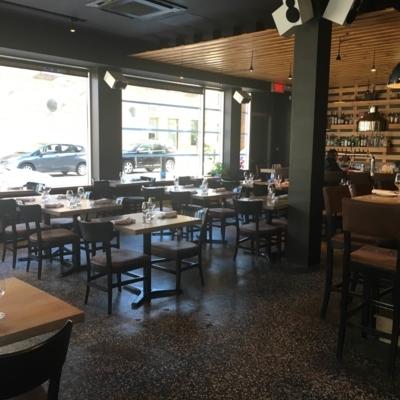 Bistro B - Restaurants - 418-614-5444