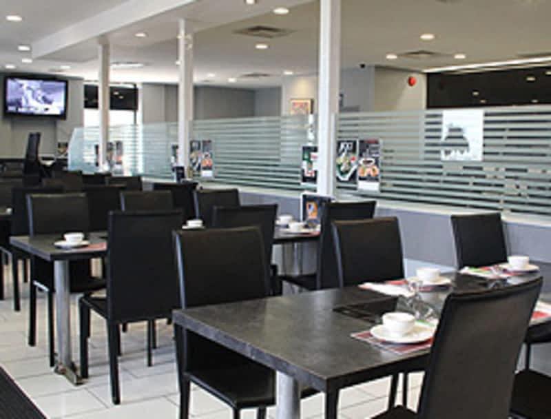 One hundred degrees restaurant richmond hill on 650 for 98 degrees tanning salon scarborough