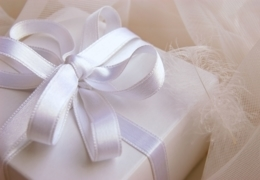 Stand-out shops for wedding gifts in Vancouver